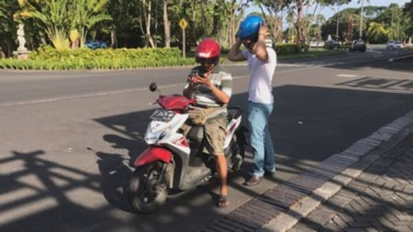 Indonesia's billion-startup is fuelled by motorbikes — we took a ride