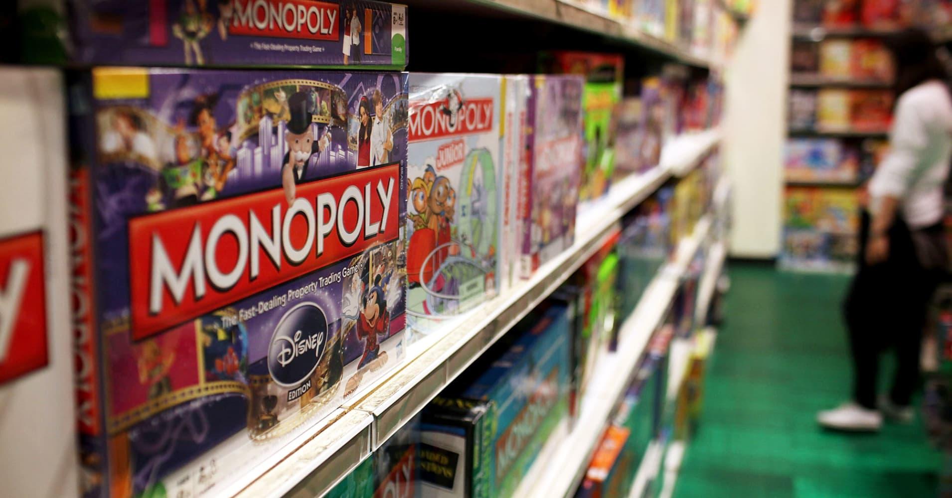 Toymaker Hasbro's quarterly revenue and profit top estimates