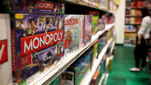 Hasbro braced for holiday hit from Toys 'R' Us bankruptcy