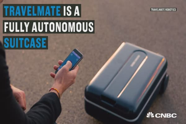 This smart suitcase can follow you wherever you go