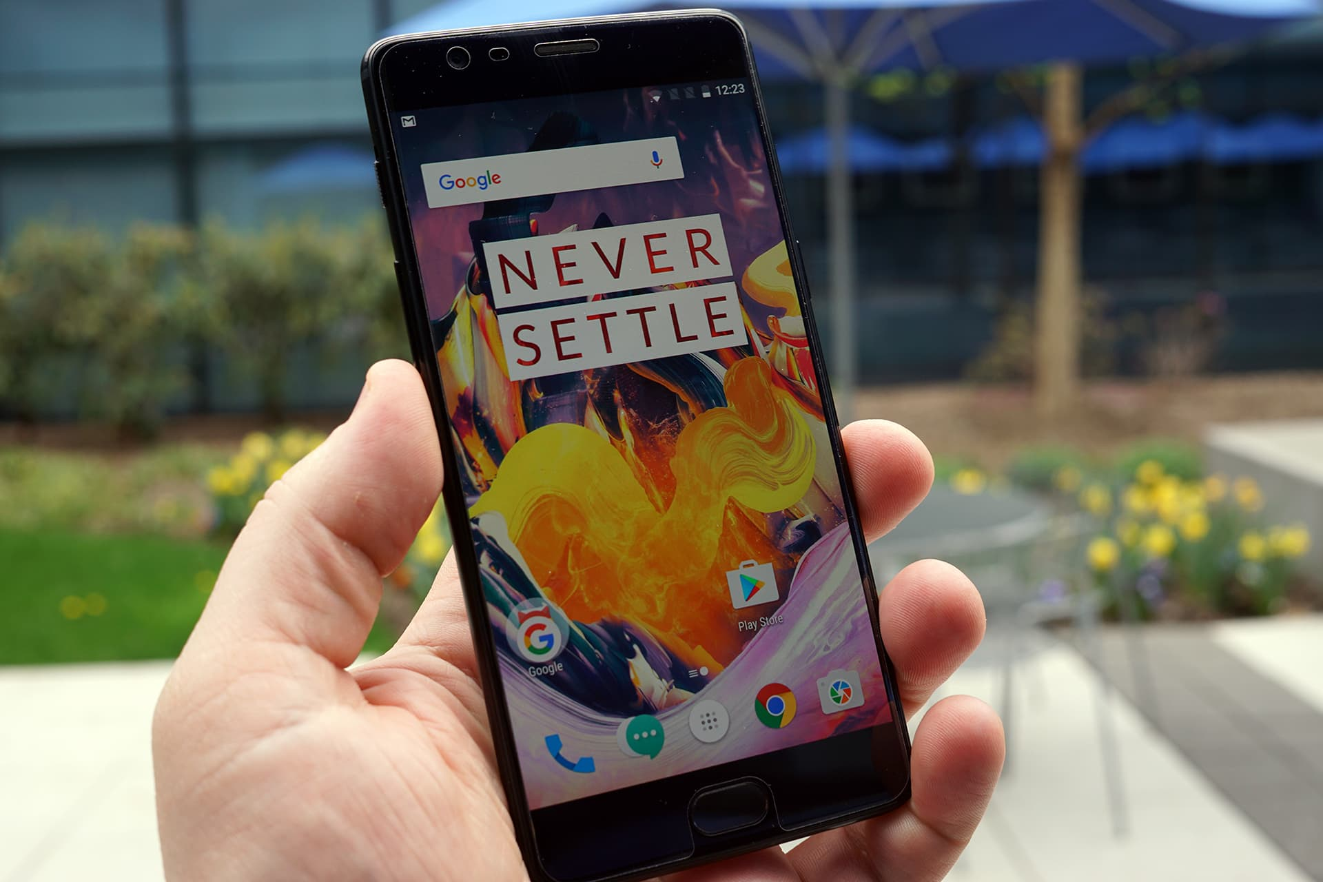 37e13a0f1cc1 This Android smartphone has a well-deserved cult following – and it s about  half the price of the Samsung Galaxy S8