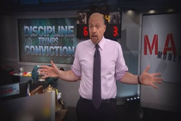 Cramer Remix: Here's what a government shutdown could mean for your money
