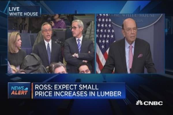 Sec. Ross: Lumber dispute points to need to renegotiate NAFTA