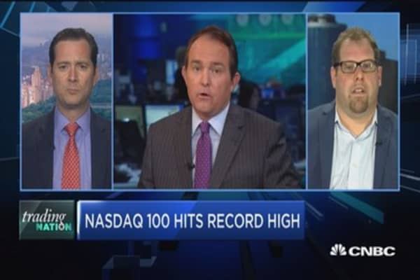 Trading Nation: Nasdaq 100 hits record high