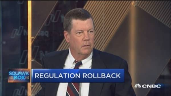 I'm a huge believer of the private sector: Scott McNealy