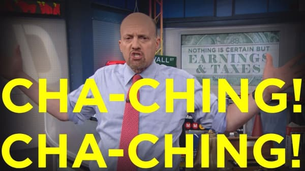 Cramer Remix: Billions of dollars could be about to flood the stock market