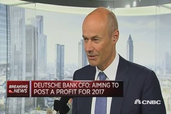 Deutsche Bank CFO: Aiming to post a profit for 2017