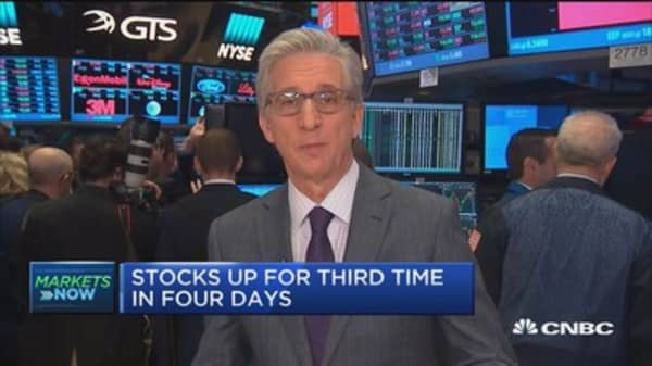 Market opens mixed, durable goods number weaker than expected