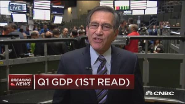 Q1 GDP up 0.7%