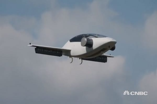 This is the world's first electric landing jet with a vertical take-off
