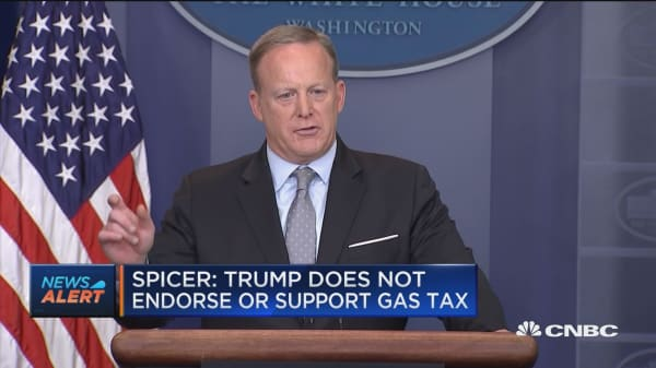 White House press secretary: Trump is not fully embracing raising the gas tax