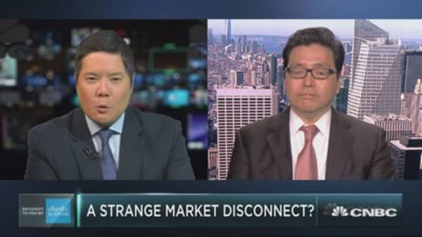 Tom Lee on a strange market disconnect