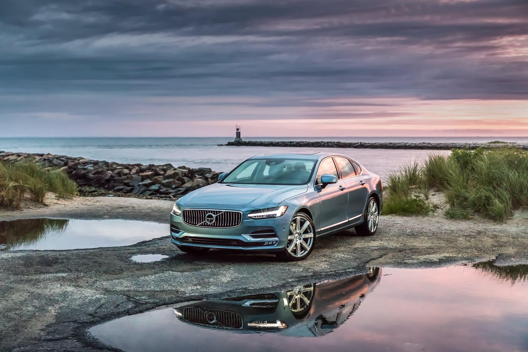 2017 Volvo S90 Review A High Tech Luxury Sedan