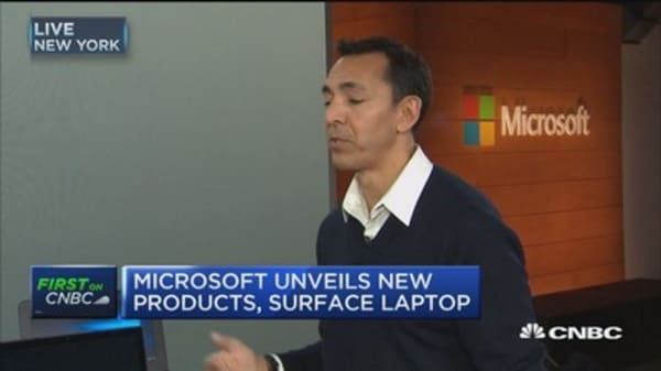 Microsoft unveils new procuts, Surface laptop