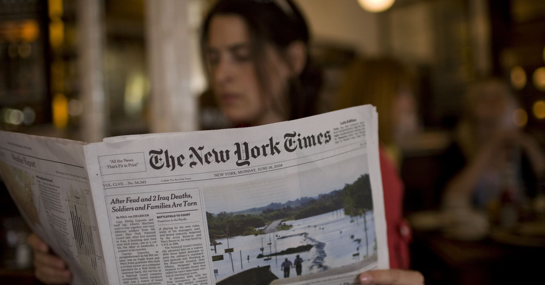 Print journalism may last another 10 years, says New York Times CEO