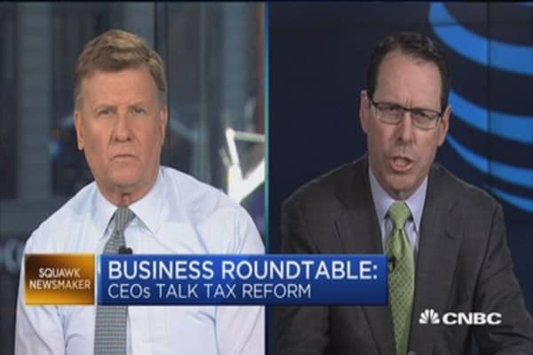 AT&T CEO: Tax cuts means more jobs for 'hard hat' workers