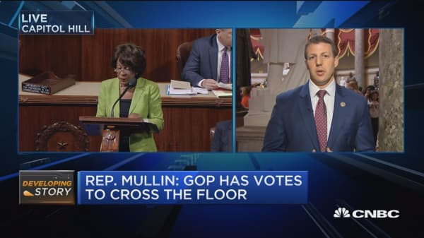 Rep. Mullin: GOP has votes to cross the floor