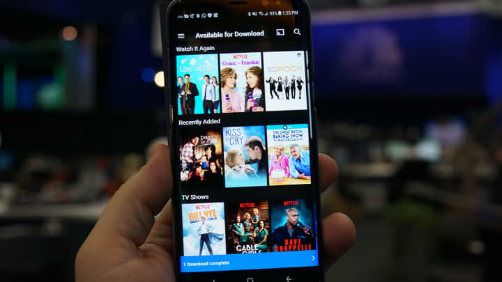 apps to download movies for free without wifi