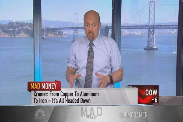 Cramer: How to play anticipation ahead of the jobs report