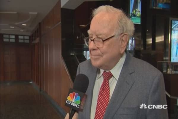 Buffett: Berkshire's $90B cash stash