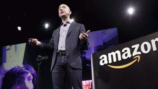 Bezos makes bank after unloading a million Amazon shares