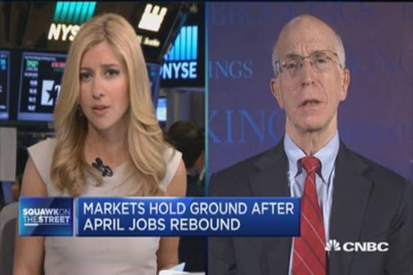 Fmr. Fed vice chair: Fed's on a slow track for hikes