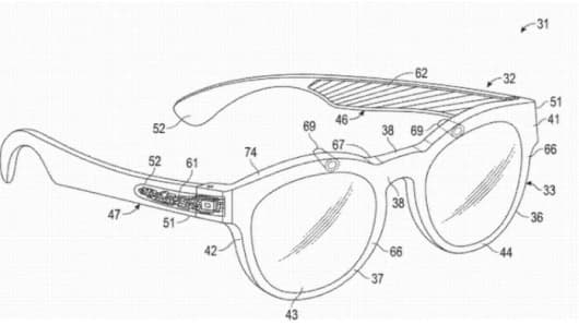 Snapchat patent diagrams to show smoother augmented reality images.