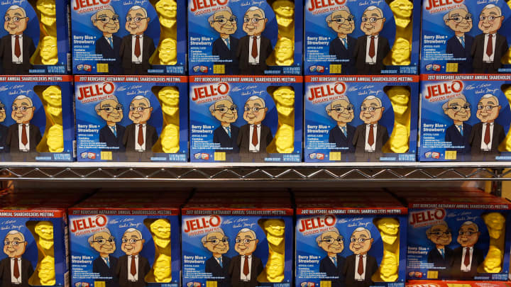 Jello boxes displaying the faces of Warren Buffett and Charlie Munger on display at the 2017 Berkshire Hathaway Annual Meeting in Omaha, NE.