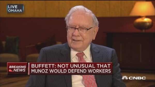 Buffett: United made a mistake in initial response