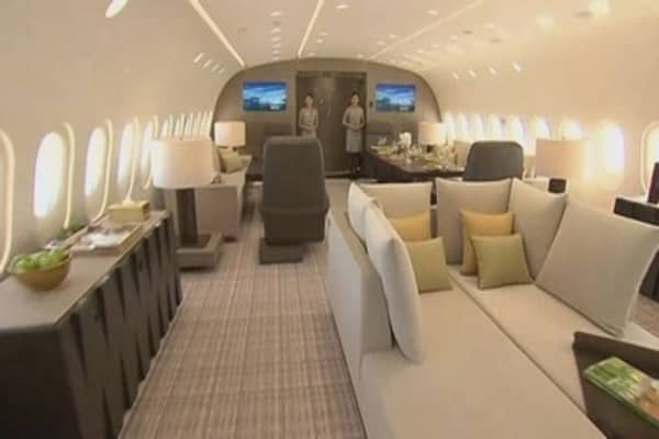 It costs $72,500 an hour to take a ride in this luxury charter jet