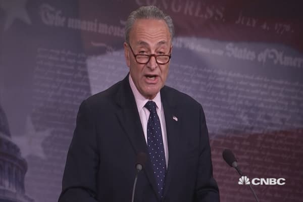Sen. Schumer responds to Comey firing