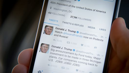 Twitter Clarifies Policy on Not Deleting World Leaders' Accounts
