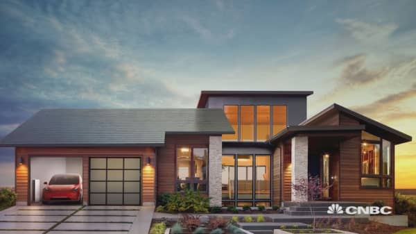 Here's how much Tesla's new solar roof will really cost you