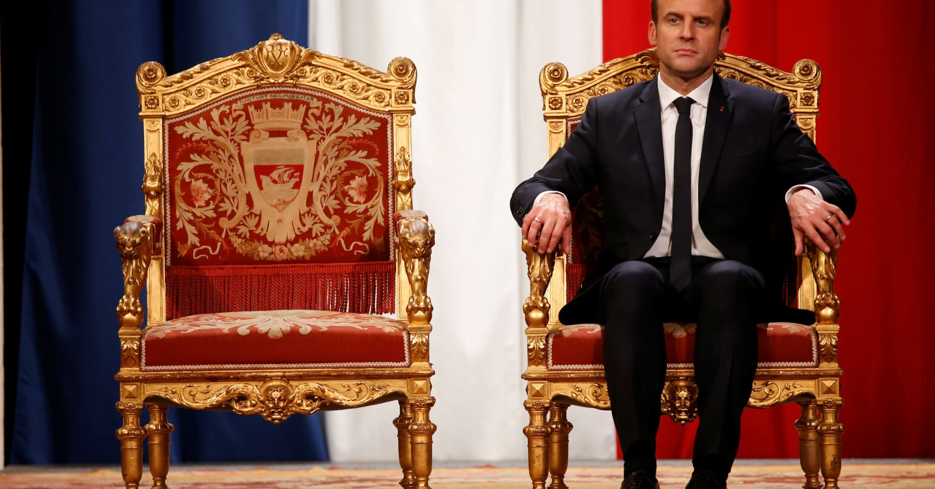 France should vigorously defend its euro zone reform proposals