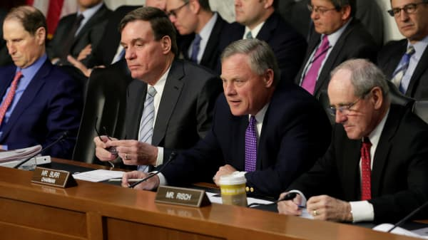 .S. Senate Select Intelligence Committee chairman Richard Burr (R-NC) (2nd R) and vice-chairman Mark Warner (D-VA) (2nd L) attend a hearing on 'World Wide Threats' on Capitol Hill in Washington, U.S., May 11, 2017.
