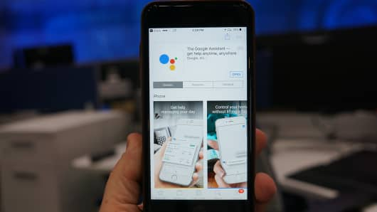 CNBC Tech: Google Assistant iOS 1
