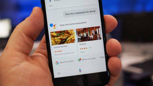 CNBC Tech: Google Assistant iOS 4