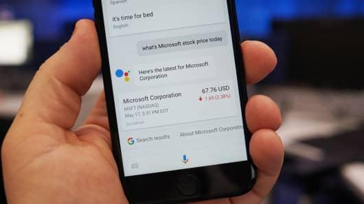 CNBC Tech: Google Assistant iOS 6