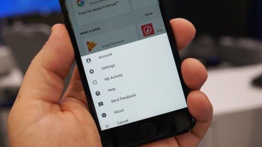 CNBC Tech: Google Assistant iOS 10