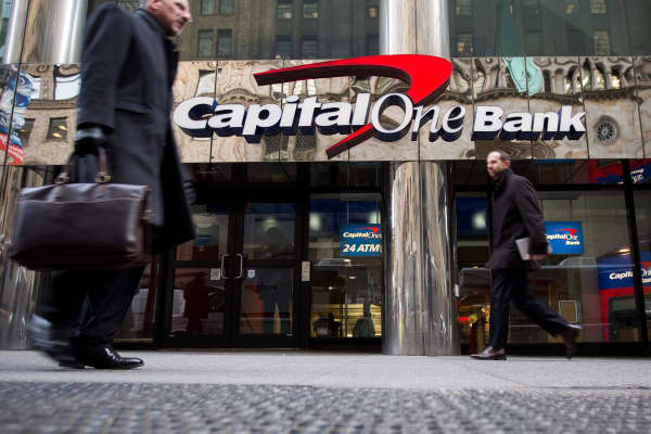 CAPITAL ONE EARNS