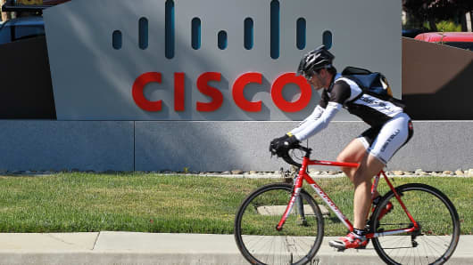 Citigroup Raises Cisco Systems (CSCO) Price Target to $46.00