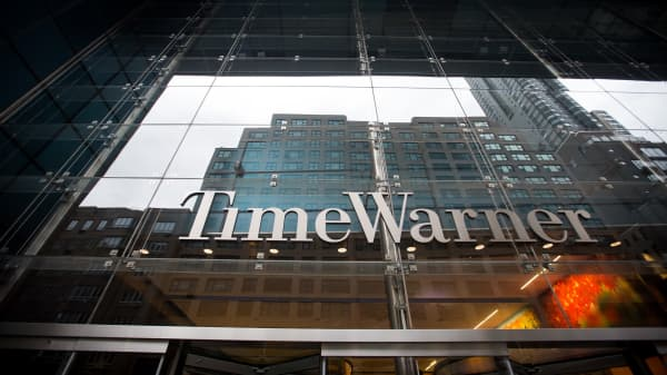 Time Warner Stock Down After Doj Demands Cnn To Be Sold In Att Deal