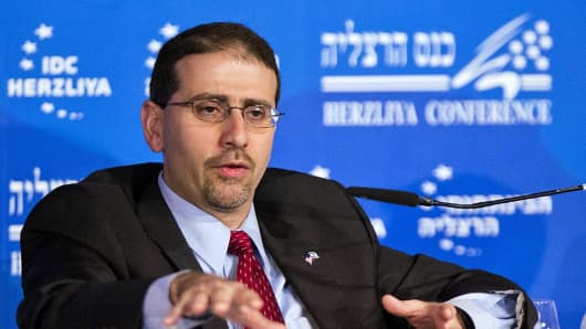 Daniel Shapiro, former U.S. ambassador to Israel, delivers a speech in Herzliya, Tel Aviv, on March 13, 2013.
