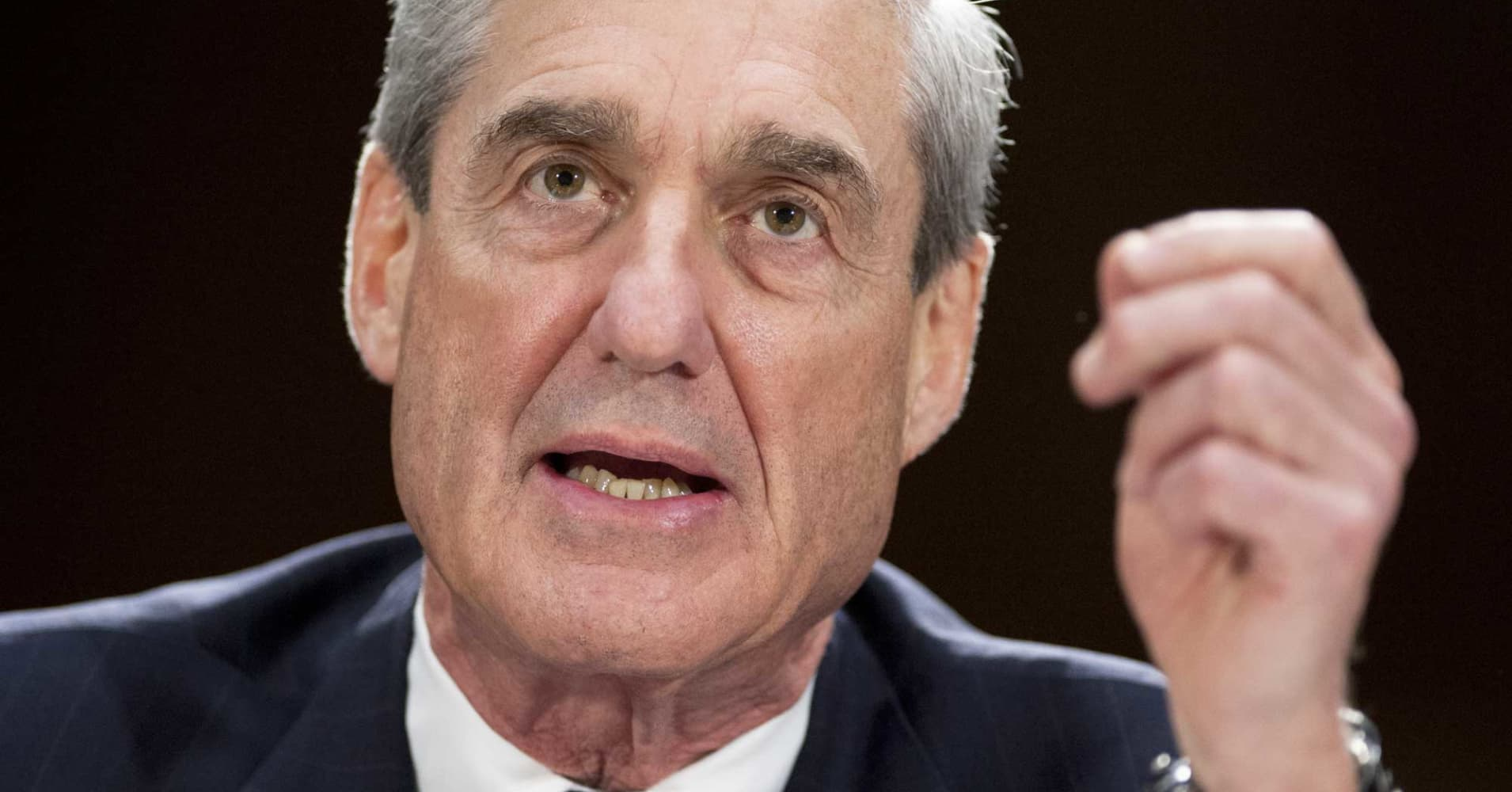 Trump claims inner workings of Robert Mueller's investigation are mess