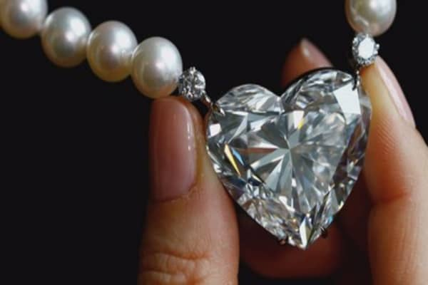 This heart-shaped diamond just sold for over $13-million dollars