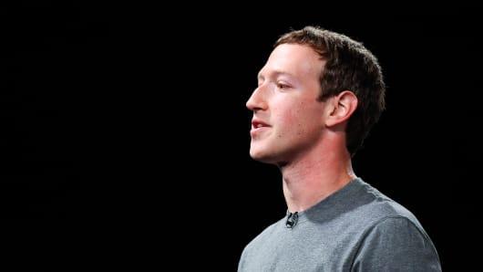 104479482-Zuckerberg_profile.530x298.jpg