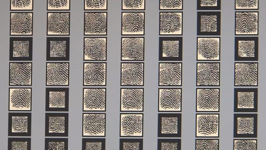 An N.Y.U. Tandon School of Engineering researcher demonstrates which prints could be matched.