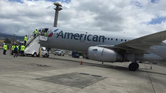 American Airlines flight 31 on the tarmac in Honolulu after a disturbance was reported mid-flight on May 19, 2017.