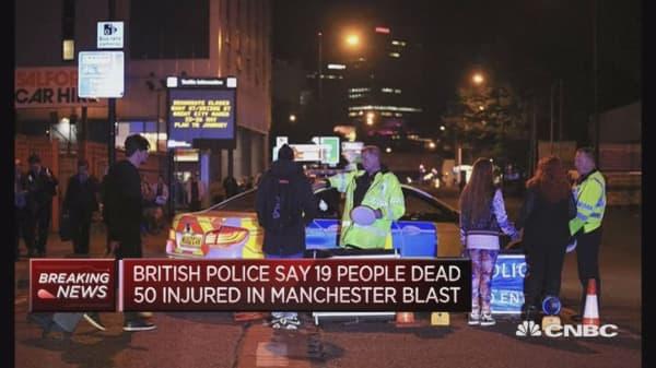 Blast in Manchester kills 19