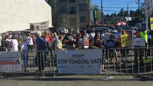 Protest at Amazon shareholders meeting